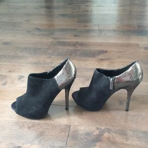 Aldo black suede bootie heels - size 8